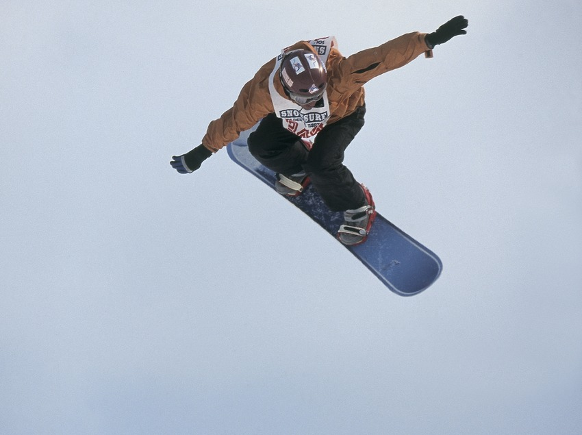 Snowboard. Saltos.