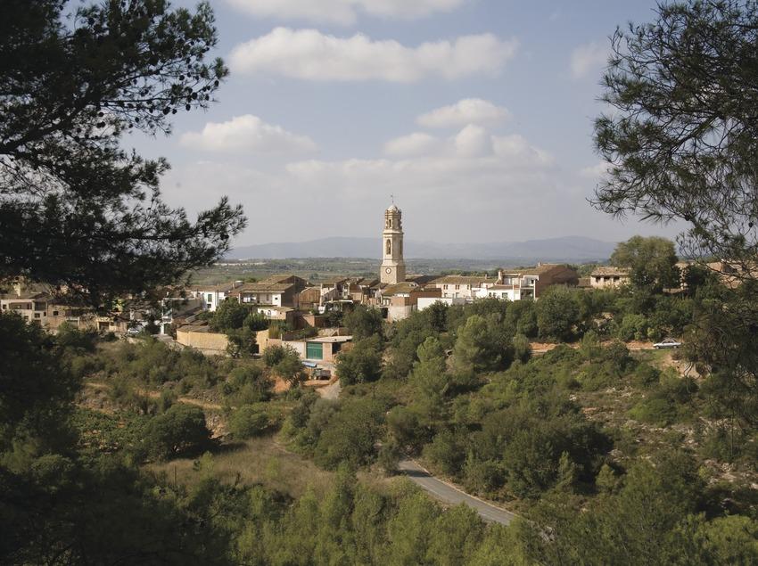 Vue de la localité et paysage rural  (Miguel Raurich)