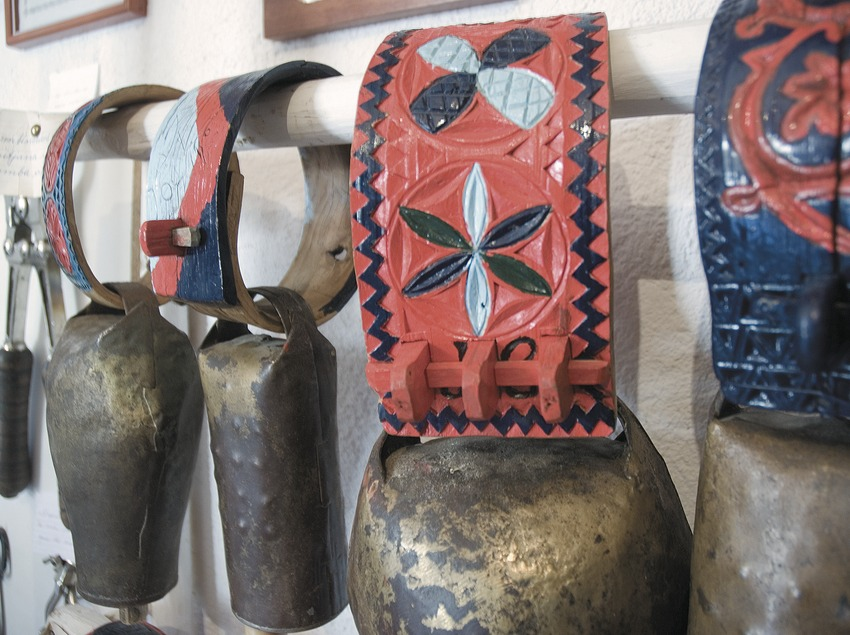 Cowbell in the Shepherd Museum  (Servicios Editoriales Georama)