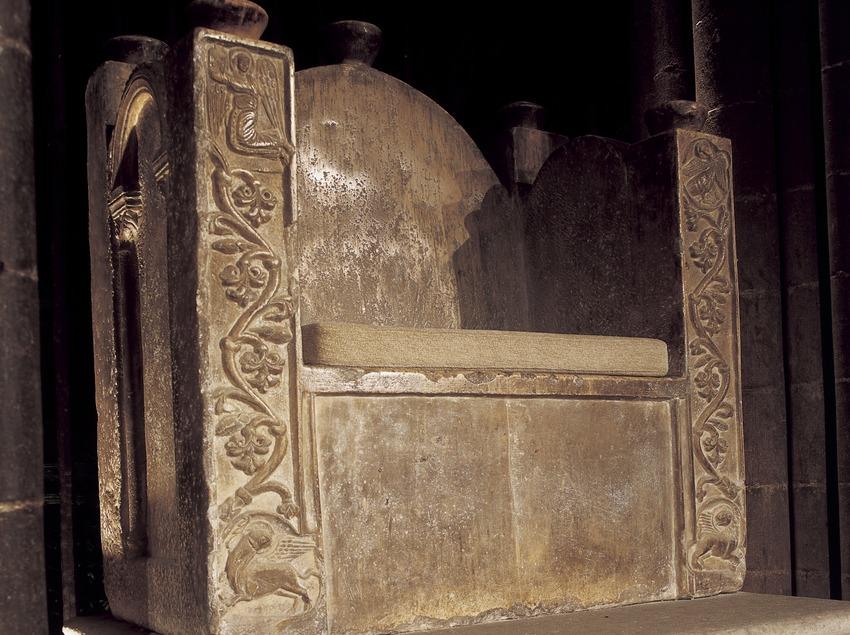 Cadira episcopal de l'altar major. Mestre d'Aloi. Catedral de Santa Maria.  (Imagen M.A.S.)