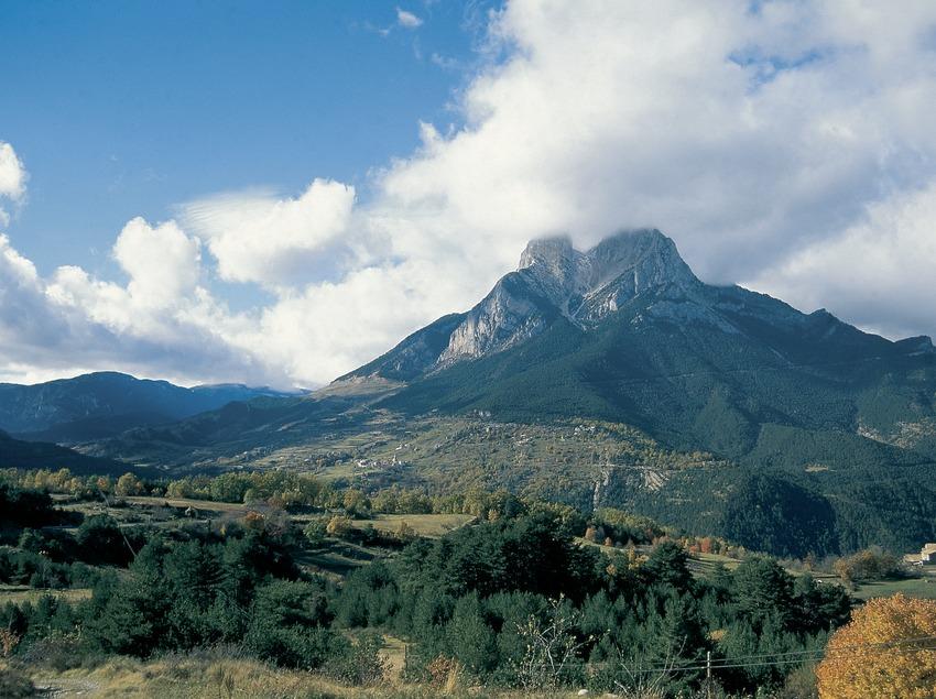 Le Pedraforca, dans le parc naturel de Cadi-Moixeró.  (Servicios Editoriales Georama)