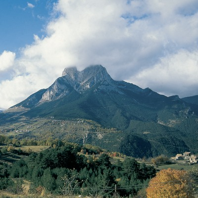 El Pedraforca, in the Cadí-Moixeró Natural Park.  (Servicios Editoriales Georama)