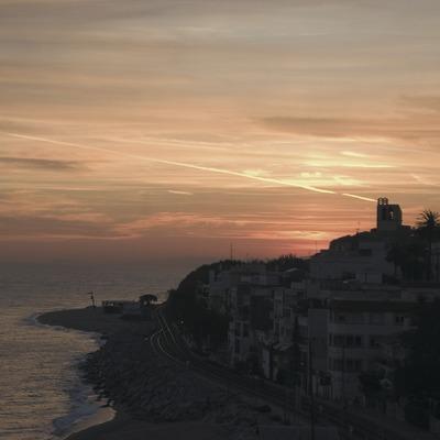 Sant Pol de Mar al capvespre des de l'ermita de Sant Pau.  (Turismo Verde S.L.)