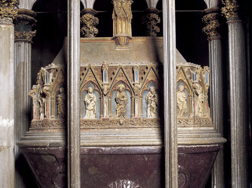 Mausoleum of Peter the Great in the church of the Royal Monastery of Santes Creus.  (Imagen M.A.S.)