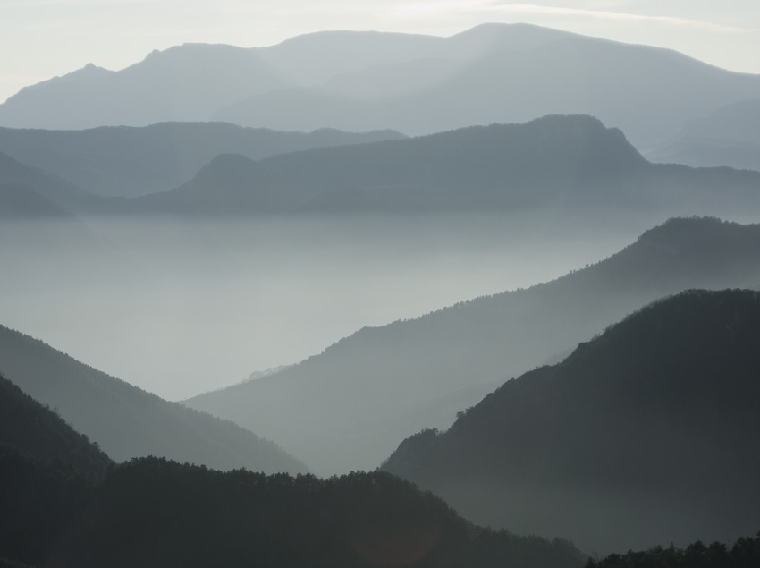 Gebirgsausläufer der Sierra del Cadí und der der Sierra de Ensija  (Servicios Editoriales Georama)