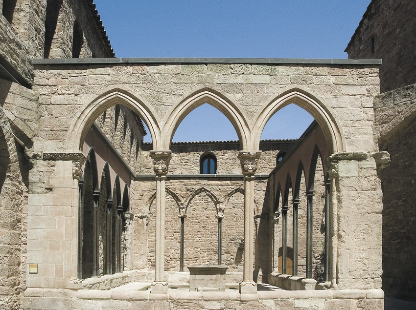 Cloister of the collegiate church of Sant Vicenç de Cardona  (Servicios Editoriales Georama)