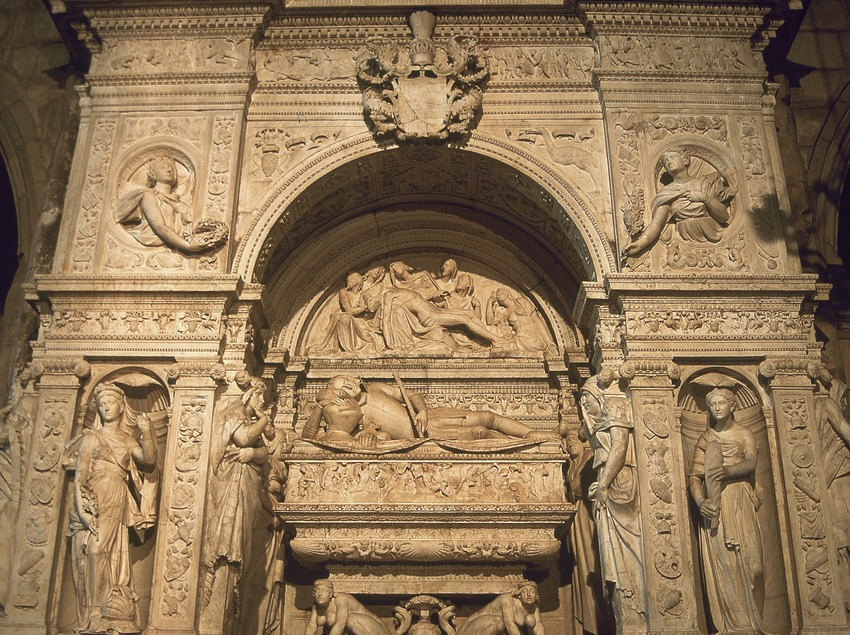 Mausoleum of Ramon Folch de Cardona-Anglesola (1525). Giovanni Merliano de Nola. Church of Sant Nicolau.  (Servicios Editoriales Georama)