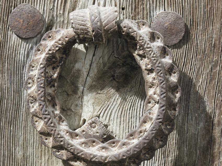 Doorknocker  (Servicios Editoriales Georama)