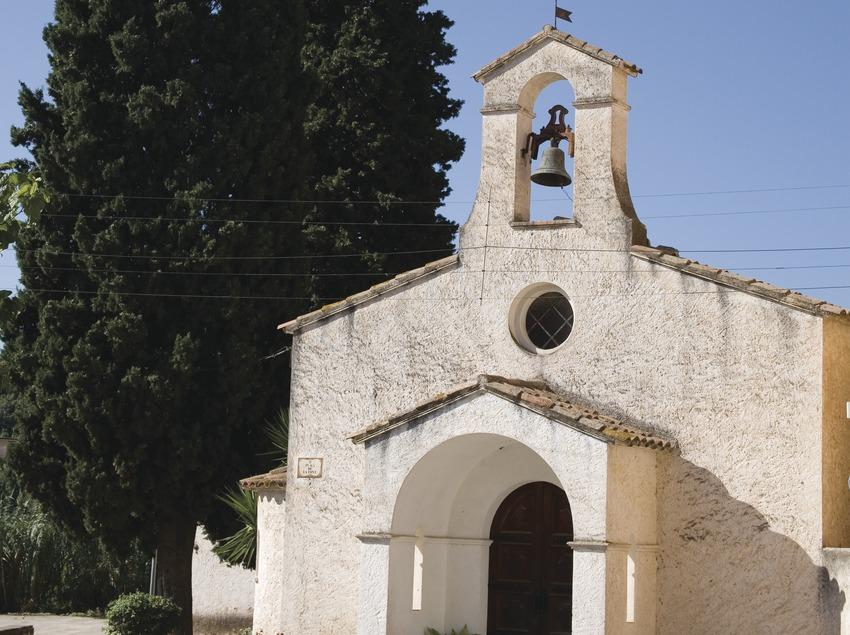 Ermitage sur la place de la Font  (Miguel Raurich)