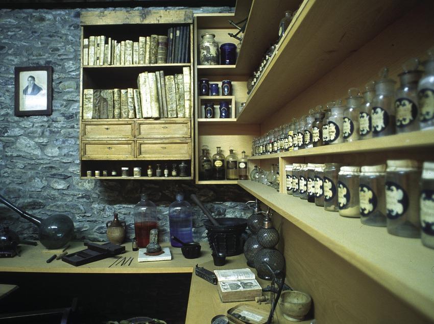 Antigua farmacia en el Museo Municipal  (José Luis Rodríguez)