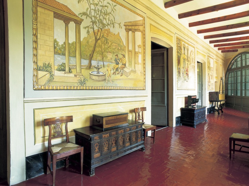 Sala del Museo Romántico de Can Papiol  (Turismo Verde S.L.)