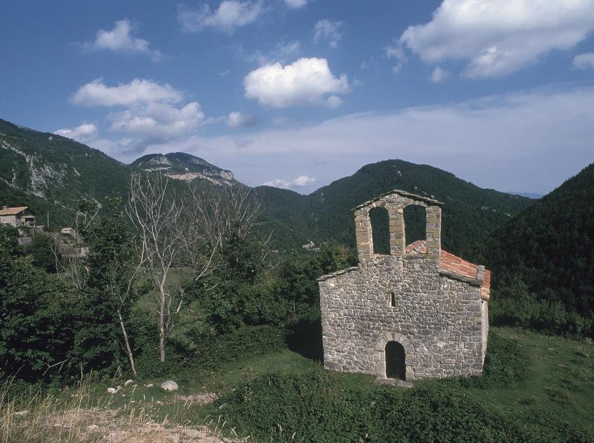 Sant Joan chapel. Route Count Arnau
