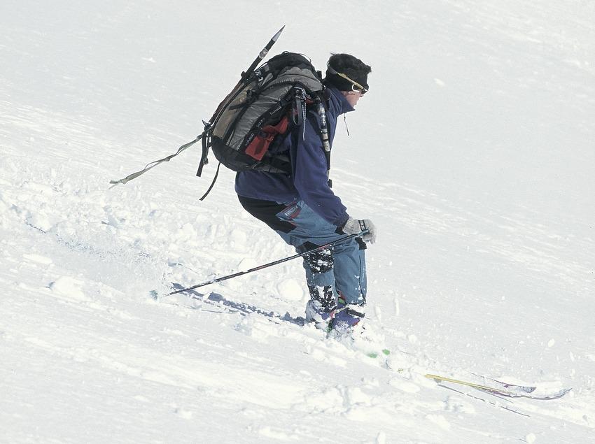 Mountain skiing in Vall de Núria.