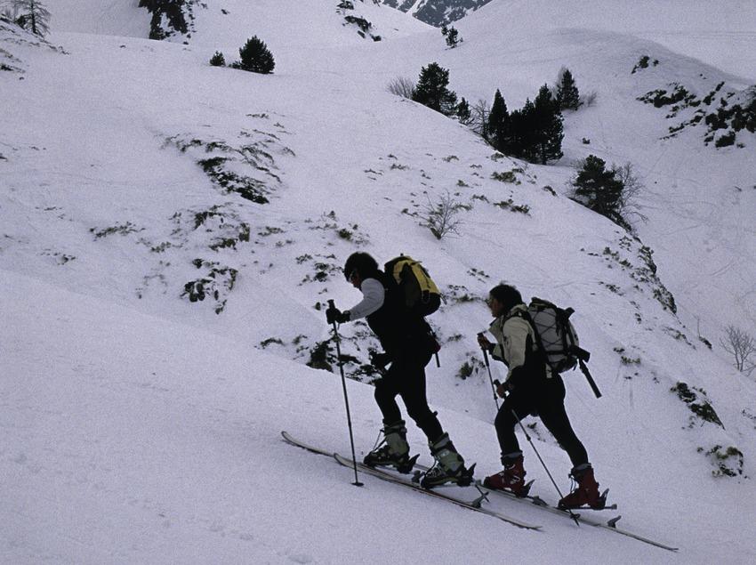 Skieurs à la station de ski de Tavascan