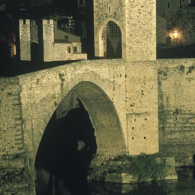 Pont medieval de Besalú