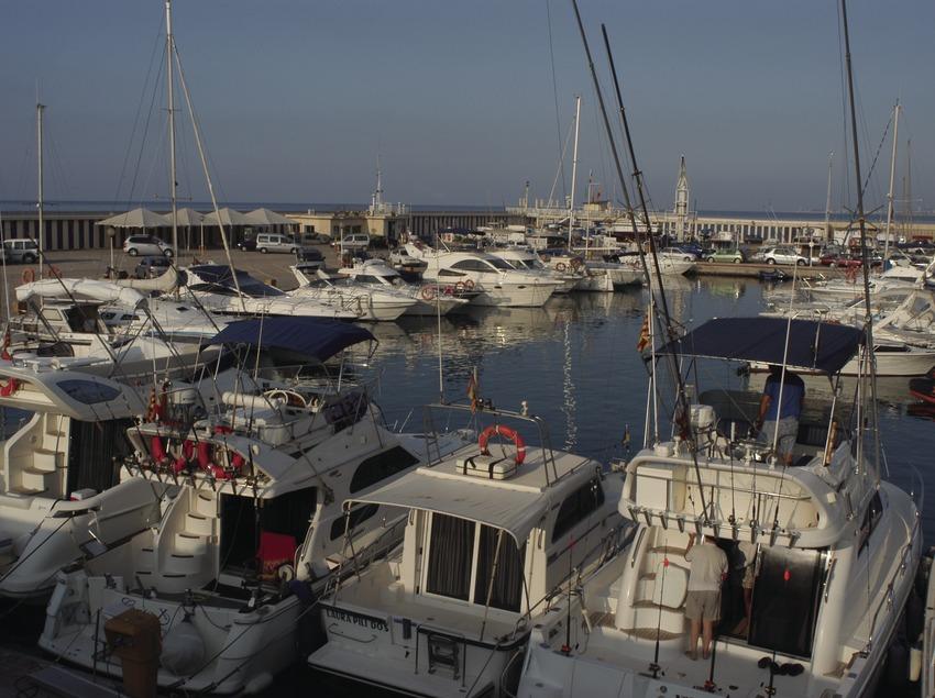 Boats moored in the Coma-Ruga Marina