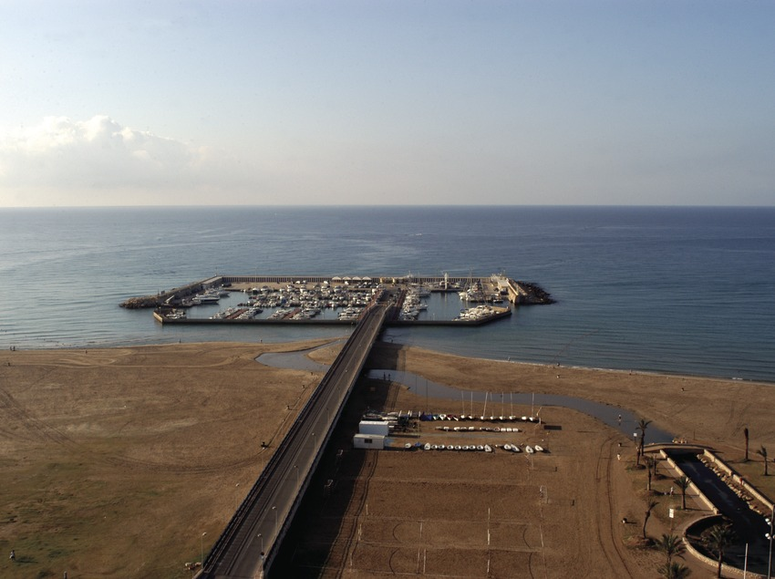 Vista general del Port Esportiu de Coma-Ruga  (Marc Ripol)