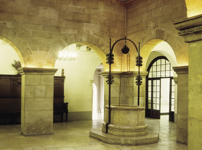 Pati interior del Palau de la Paeria  (Miguel Raurich)
