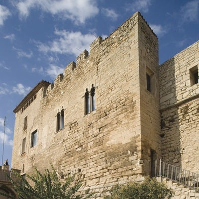 Façana lateral del castell  (Miguel Raurich)