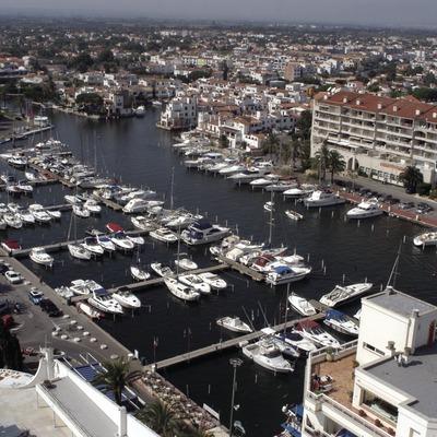 Vista general del Port Esportiu Marina d'Empuriabrava  (Marc Ripol)