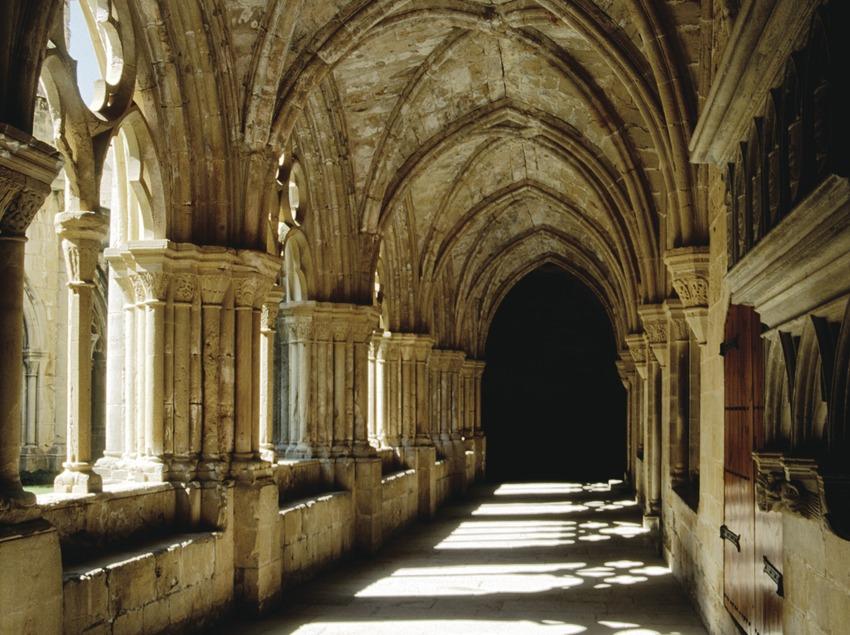 Cloître du monastère royal Santa Maria de Poblet