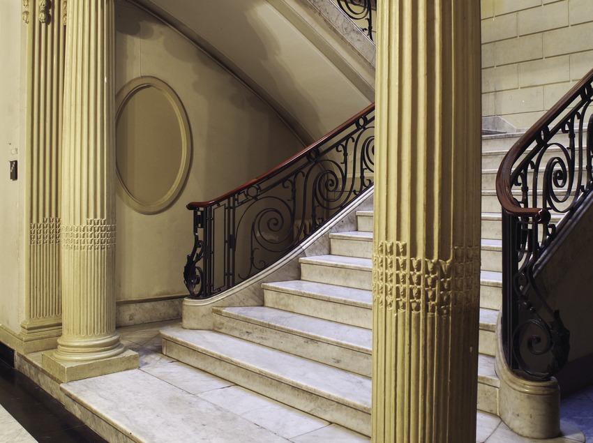 Escalier d'accès au centre de lecture  (Miguel Raurich)