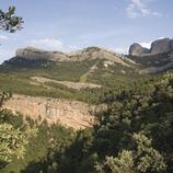 Rochers de Benet depuis le chemin du mas de la Franqueta, dans les Ports de Tortosa-Beseit  (Miguel Raurich)