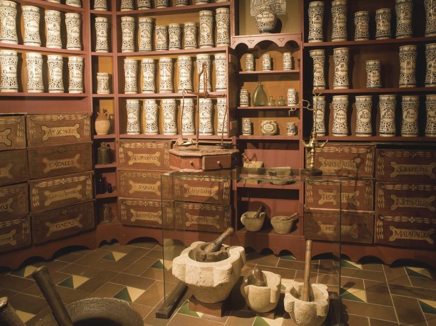 Reconstutution d'une ancienne pharmacie au Musée régional du bassin de Barberà  (Miguel Raurich)