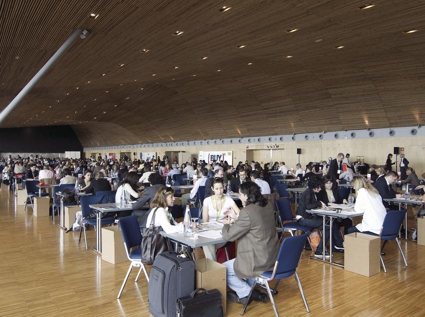 """Sala del """"Workshop"""" del Buy Catalunya 2008 al Centre de Convencions Internacional Barcelona (CCIB) (Garkin Servicios Profesionales, SL / Chopo)"""
