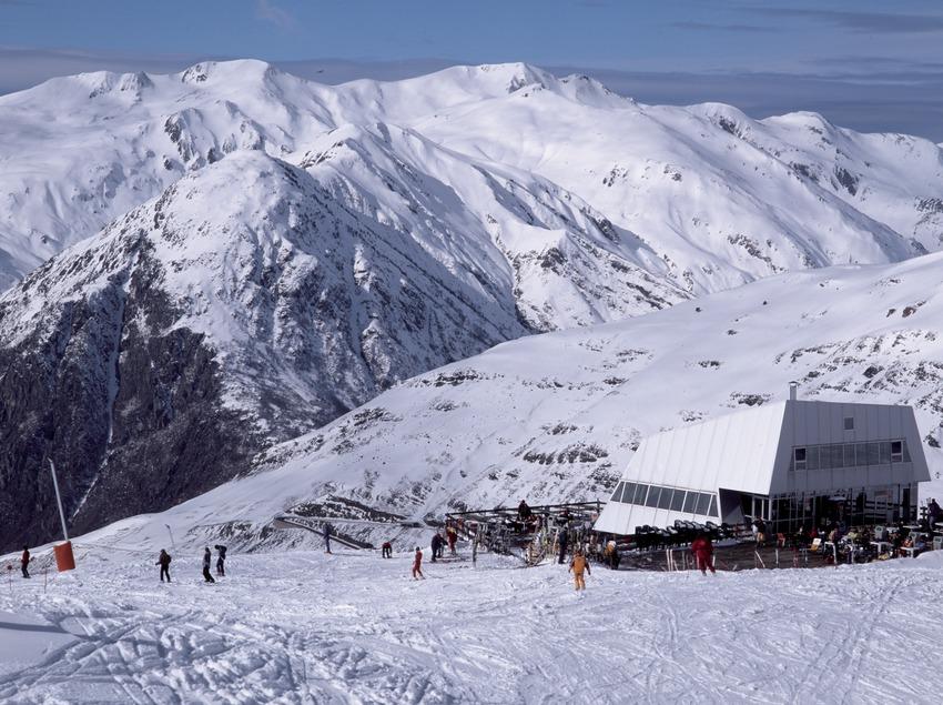 Estació d'esquí de Boí-Taüll. Cota 2200 (Nano Canas)