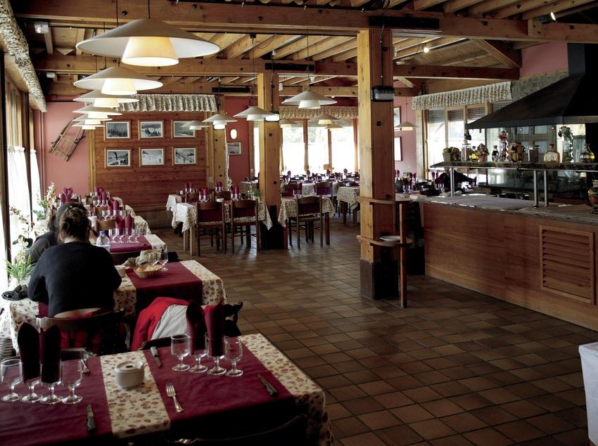 Ресторан на горнолыжном курорте Ла-Молина (Nano Canas)