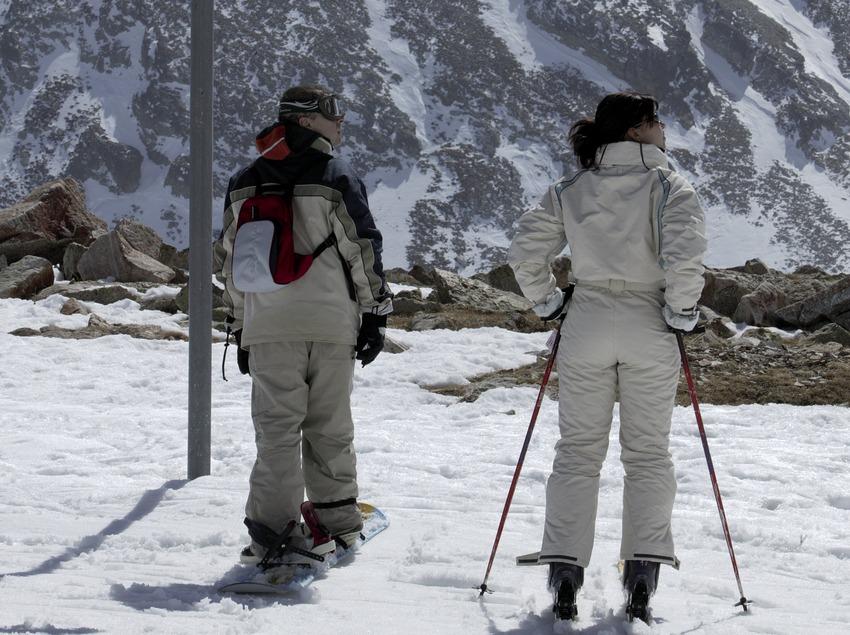 Esquiadores en la estación de Vallter 2000 (Nano Canas)