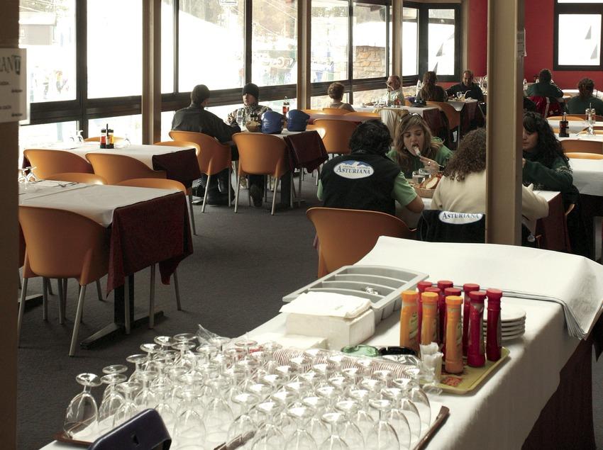 Ресторан на горнолыжном курорте Мазелья (Nano Canas)