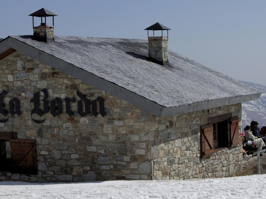 Restaurant La Borda a l'estació d'esquí de Vallter 2000 (Nano Canas)