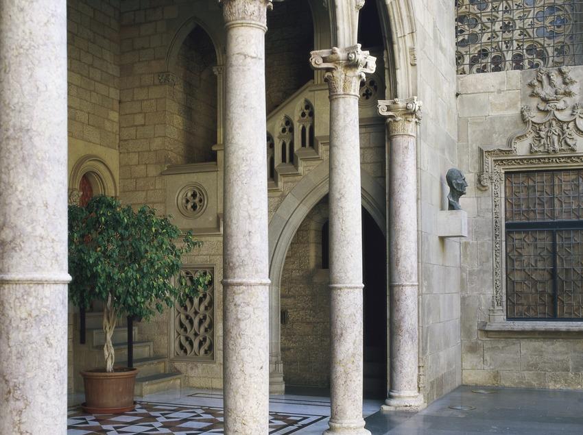 Palco del patio de los Naranjos del Palau de la Generalitat (Imagen M.A.S.)
