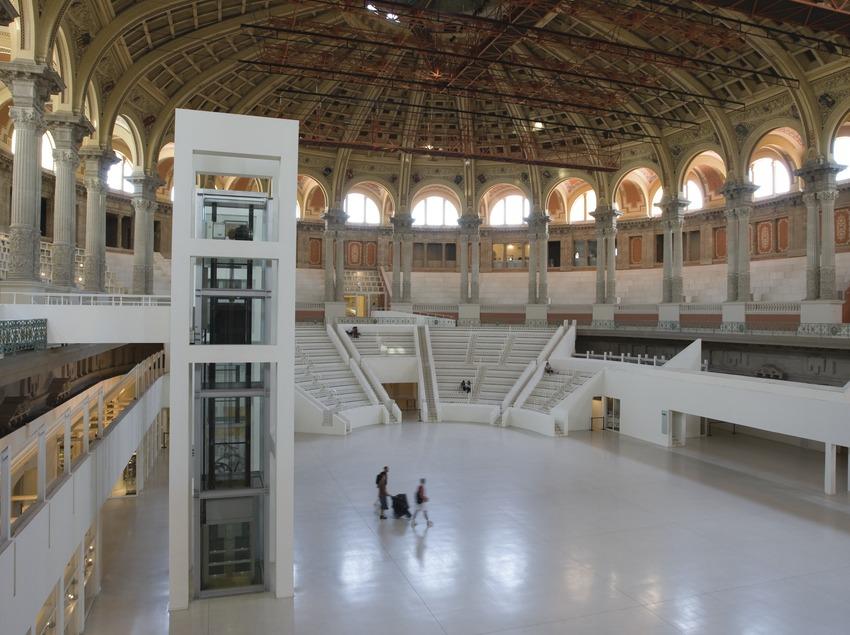 Sala oval Museu Nacional d'Art de Catalunya.
