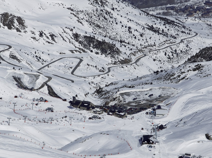 Vista aérea de la estación de esquí Boi-Taüll (Nano Canas)