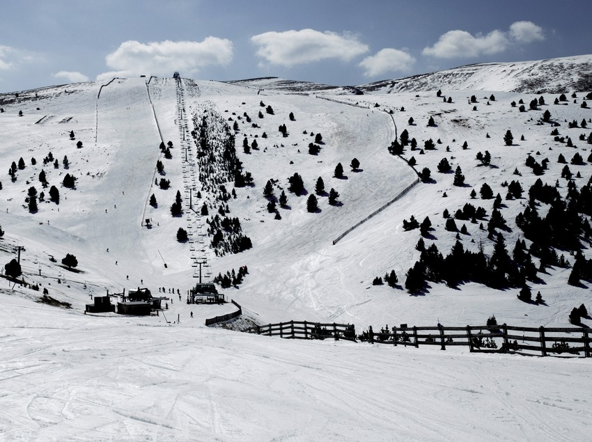 Ski slope at the La Molina Ski Resort (Nano Canas)