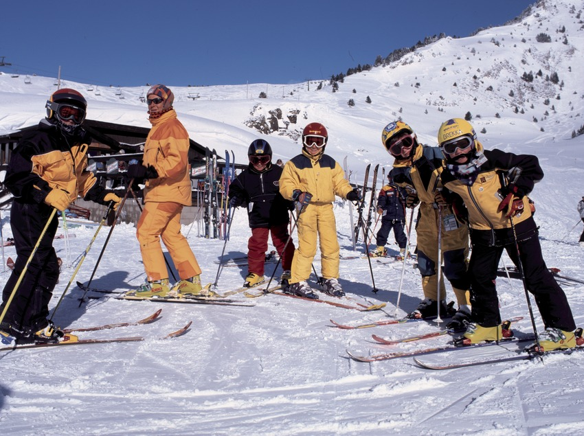 Skiing course for beginners at Baqueira Beret (Nano Canas)