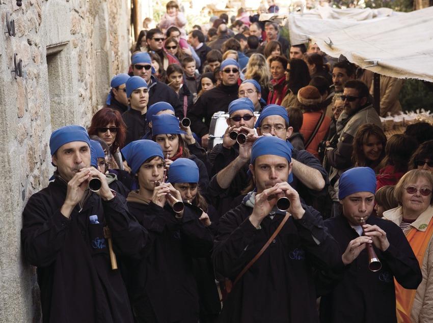 Musiciens à la Fira de l'Avet (foire aux sapins) (Oriol Llauradó)