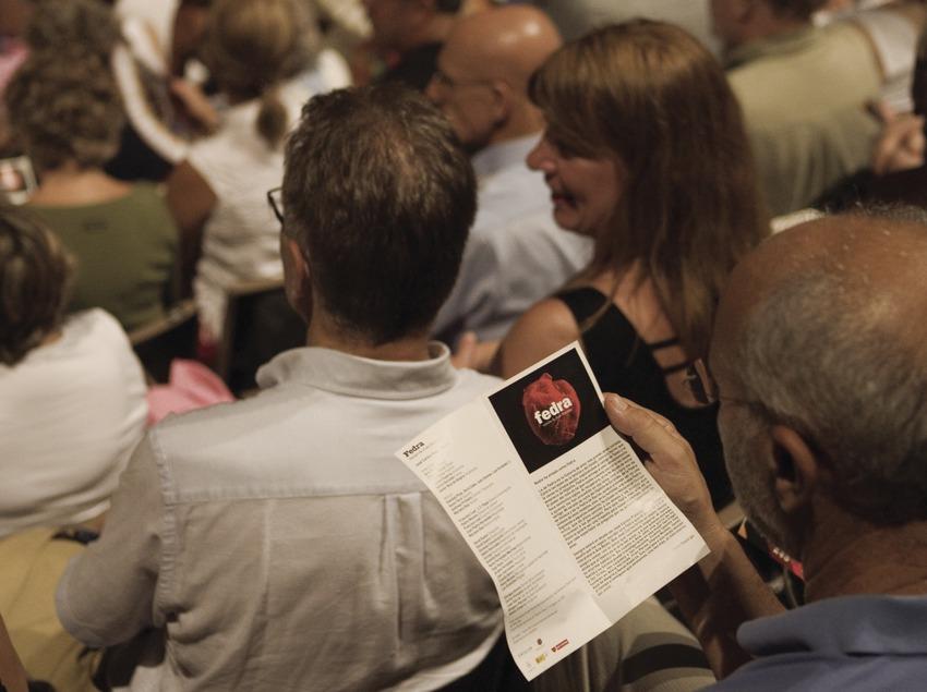 Public sur les gradins du théâtre Grec pendant le GREC Festival de Barcelone (Oriol Llauradó)