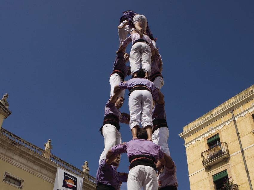 Actuació castellera durant la Festa de Santa Tecla (Oriol Llauradó)