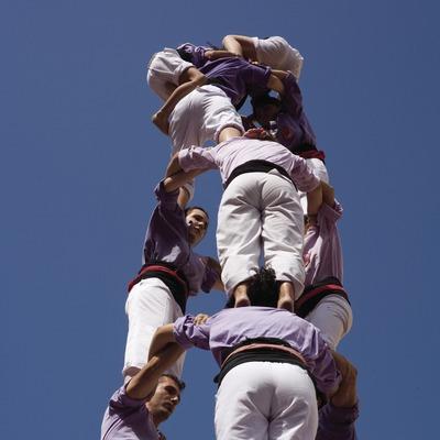 Actuació castellera durant la Festa de Santa Tecla