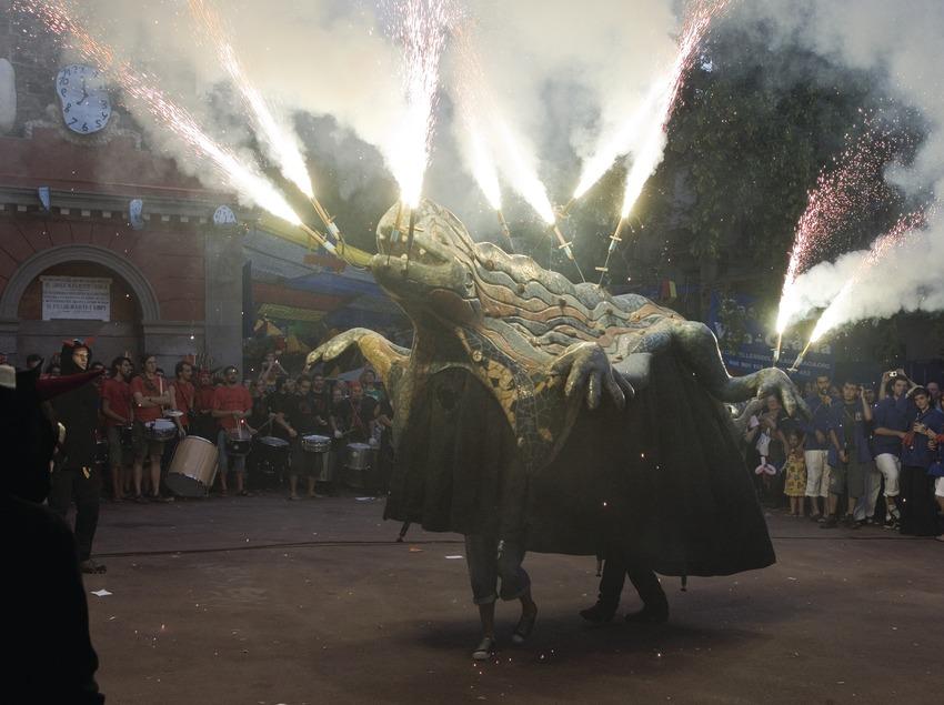 Correfoc durante las Fiestas de Gràcia (Oriol Llauradó)