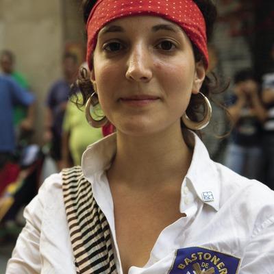 Bastonera durante las Fiestas de Gràcia (Oriol Llauradó)