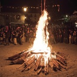Bonfire in the square and dancing at the Fallas de Isil