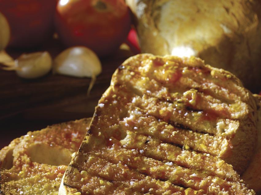 Pan con tomate.  (Lluís Carro)