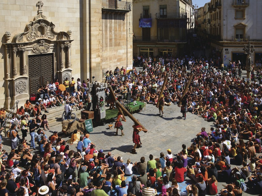 Espectáculo en la Feria del Teatro de Tàrrega.  (Lluís Carro)