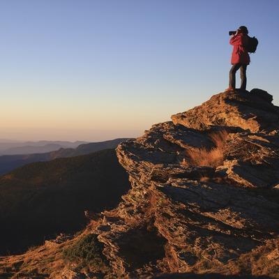 Excursionista al mirador de Fontalba