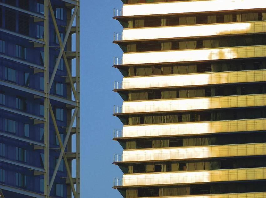 Icona de la Torre Mapfre i hotel Arts. Detall de les façanes  (Lluís Carro)